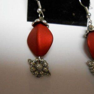 intage Earrings Red Bead With Silver Color